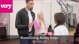 #LoveGiving: Ashley Banjo surprises dance student Daria with Very.co.uk