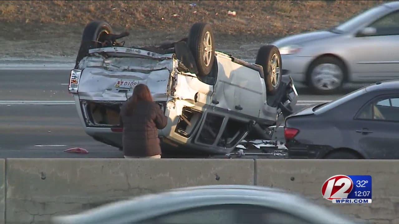 Morning crash snarls traffic on I-195 W