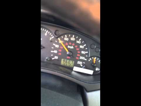 Ford Focus 2003 speedometer jumping