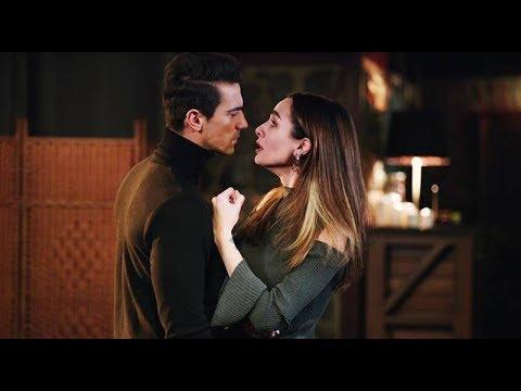 Siyah Beyaz Aşk  16. Bölüm - Öpücük sahnesi / Kiss scene
