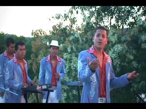 2 DE LA MAÑANA - DINASTIA DE TUZANTLA **Official Music Video #CalentanoStyle