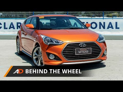 2017 Hyundai Veloster Turbo GLS Premium Behind the Wheel