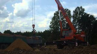 Разгрузка кирпичей на поддонах, краном в Калуге(, 2014-08-01T05:20:40.000Z)