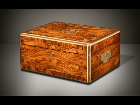 Daniellucian.com - Antique Jewellery Box in Kingwood with Brass Inlaid Coronet Monogram