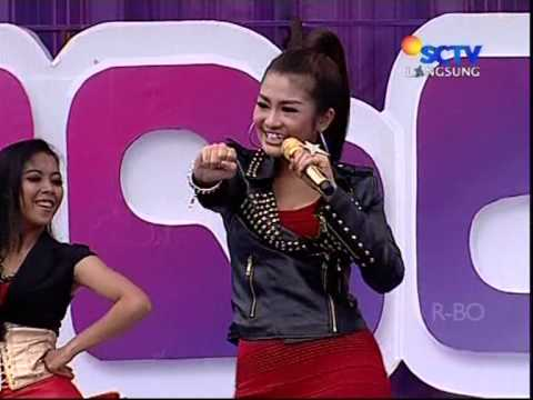 FITRI CARLINA Live At Inbox (29-12-2012) Courtesy SCTV