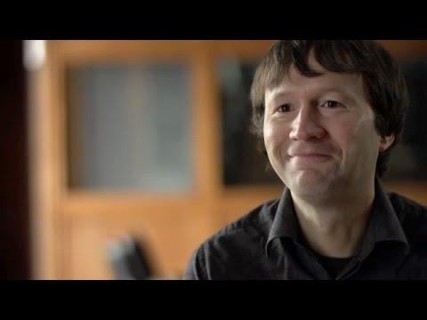Surgir de l'ombre: La biennale canadienne 2014 Mario Doucette