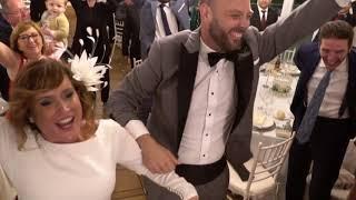 Entrada APOTEÓSICA en el salón de boda con LA CASA AZUL - PODRIA SER PEOR