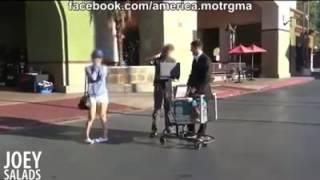 ..شاب يطلب من رجل بيع زوجته مقابل 100 ألف دولار