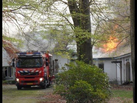 Eerste beelden grote brand in villa aan de tilburgseweg in moergestel 28 04 2013 youtube - Huis van de wereldbank ...