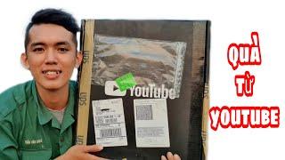 Bất Ngờ Nhận Được Hộp Quà Giá Trị   Sang Vlog