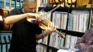 Music Malaysia - Bryan Larson, Malaysian Philharmonic 1st Violinist visits Mama Treble Clef Studio