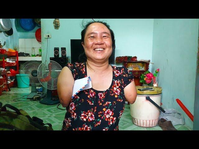 19 triệu đồng giúp chị Thuận cụt 2 tay, 2 chân có cái tết ấm áp sau 13 năm xa cách con