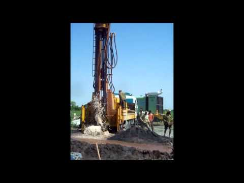 Drilling For Water With Vesta Equipment - Water At 1800 Feet  What A Pleasure.wmv