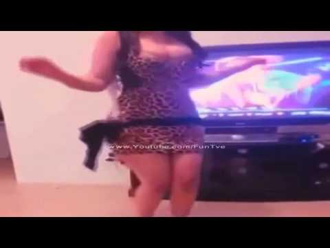 رقص بنت جزائرية 2015 Cheb Mourad - 3omri Tebghini W Dawroha 3liya Live