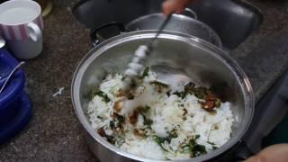 Video Les Petites Herbes - cuisine indienne aux plantes sauvages - riz au Lierre terrestre download MP3, 3GP, MP4, WEBM, AVI, FLV November 2017