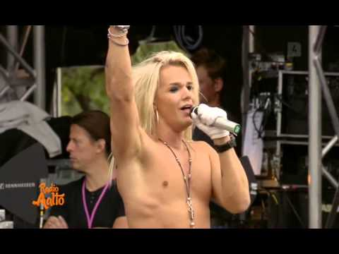 Reckless Love On The Radio Live TV Broadcast Quality