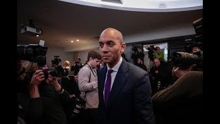 Labour Lawmakers Quit Party in Split with Corbyn thumbnail