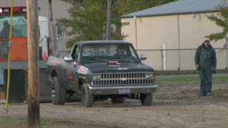 TRUCK PULLING   PAULDING , OH 2 WHEEL DRIVE SMALL BLOCK CHEVY