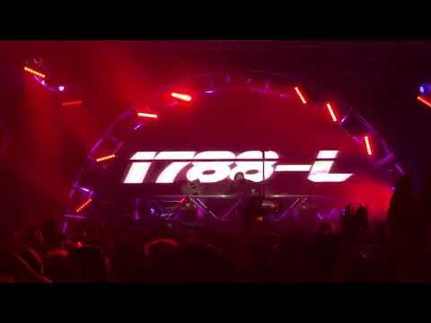 1788-L Live at Lights All Night 2018