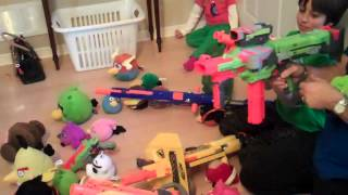 Angry Birds vs Webkinz! Swords vs Guns!