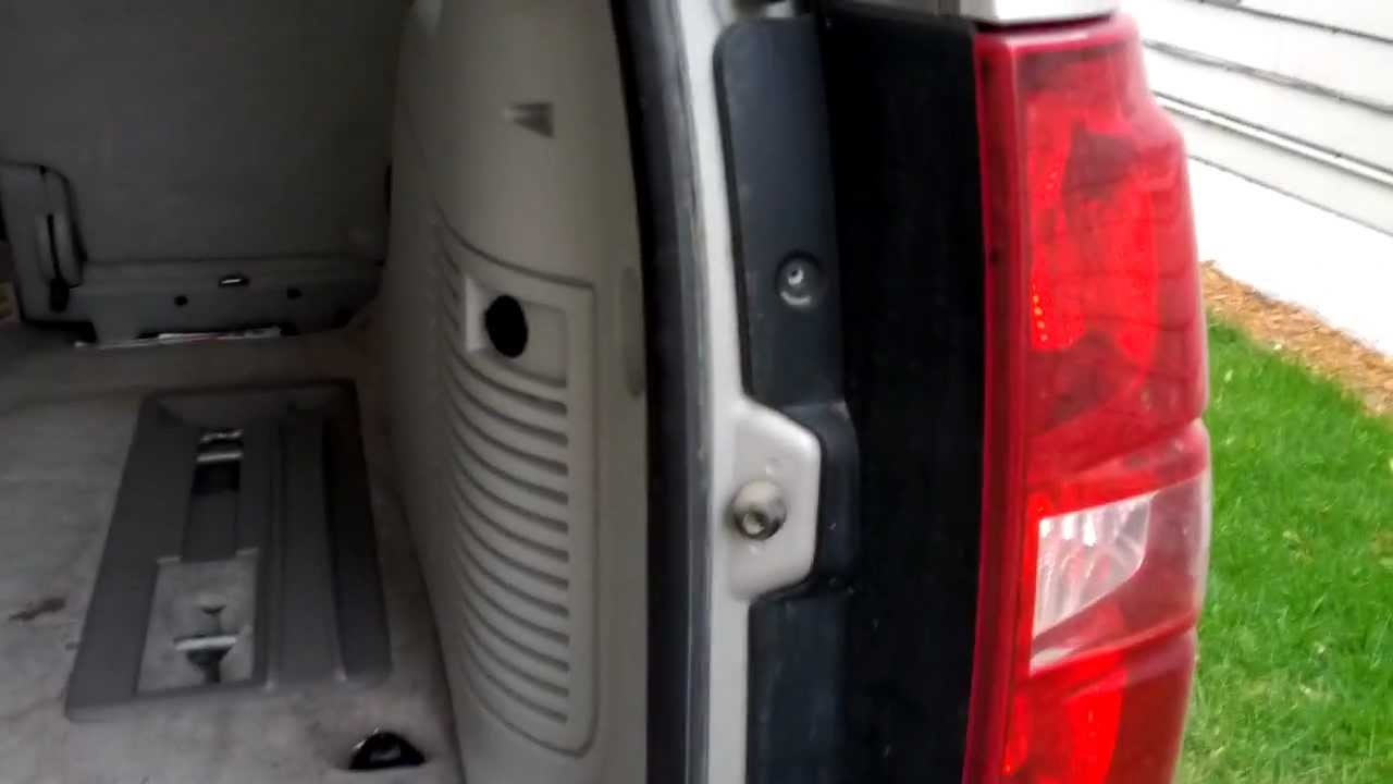 How to remove replace tail light bulb in Chevy Tahoe 2007 ...