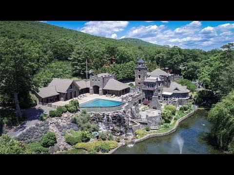 Derek Jeters Amazing 15M Castle Is For Sale