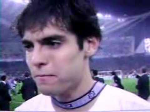 Kaka speaks English