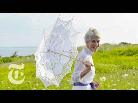 Promenade in Nahant | On the Street w/ Bill Cunningham | The New York Times