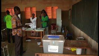 Burkina faso, Le dépouillement se poursuit
