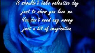 Paloma Faith - Romance is Dead w/lyrics