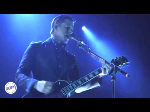 INTERPOL - BREAKER 1 (LIVE+ LYRICS IN DESCRIPTION )