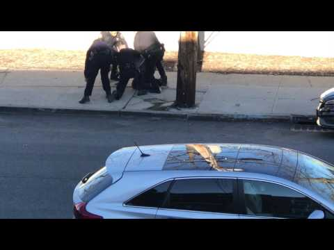 Man gets taken down By NYPD.
