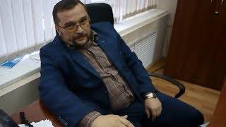 Как разговаривать с ДЕРЗКИМИ ЧИНОВНИКАМИ. Юрист Антон Долгих в администрации Кирова