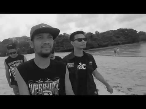 Superiots - Lepas Kendali