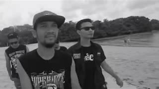 Superiots - Lepas Kendali (Official Video)