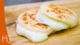 AREPAS COLOMBIANAS RELLENAS DE QUESO | Con huevos pericos