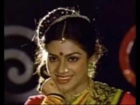 malayalam south actress poornima jayaram hot