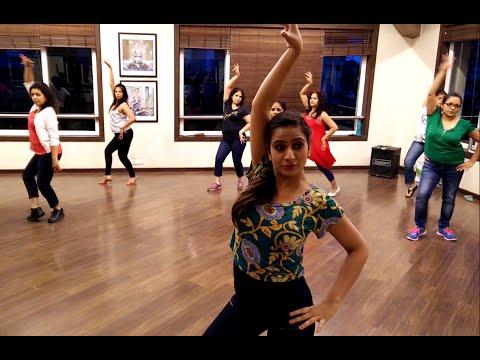 Salsa Dancing for Beginners - Learn Salsa at Bangalore