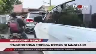 Video (NO SENSOR) Penggerebegan Teroris di Tangerang download MP3, 3GP, MP4, WEBM, AVI, FLV Juni 2018