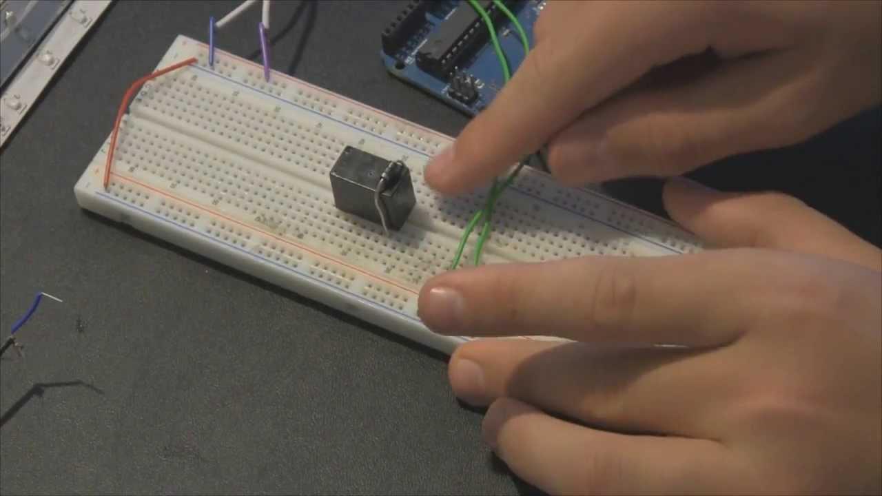 12 volt relay schematic [ 1280 x 720 Pixel ]