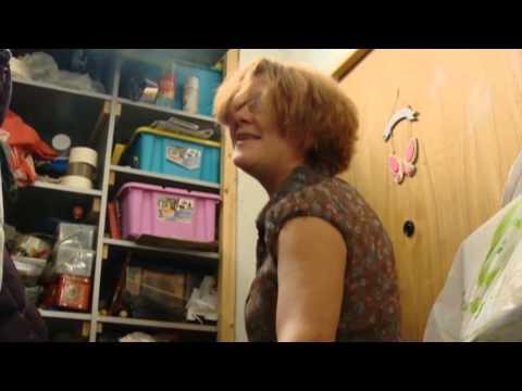 Смотреть онлайн сериал Женщина желает знать... - все серии