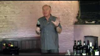Oz Clarke's How to Taste Wine