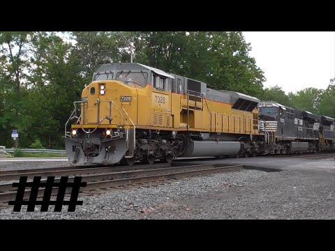 Norfolk Southern Railfanning At Huntingdon, PA