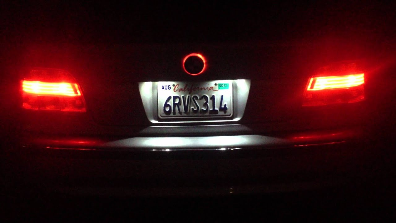 A Look At My Red Halo Led Emblem Badge At Night 97 03 Bmw 5 Series E39 528i 525i 540i M5 Youtube