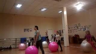 упражнения с фитболом для детей