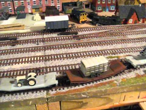 Testing two Dapol Lowmac kit built wagons