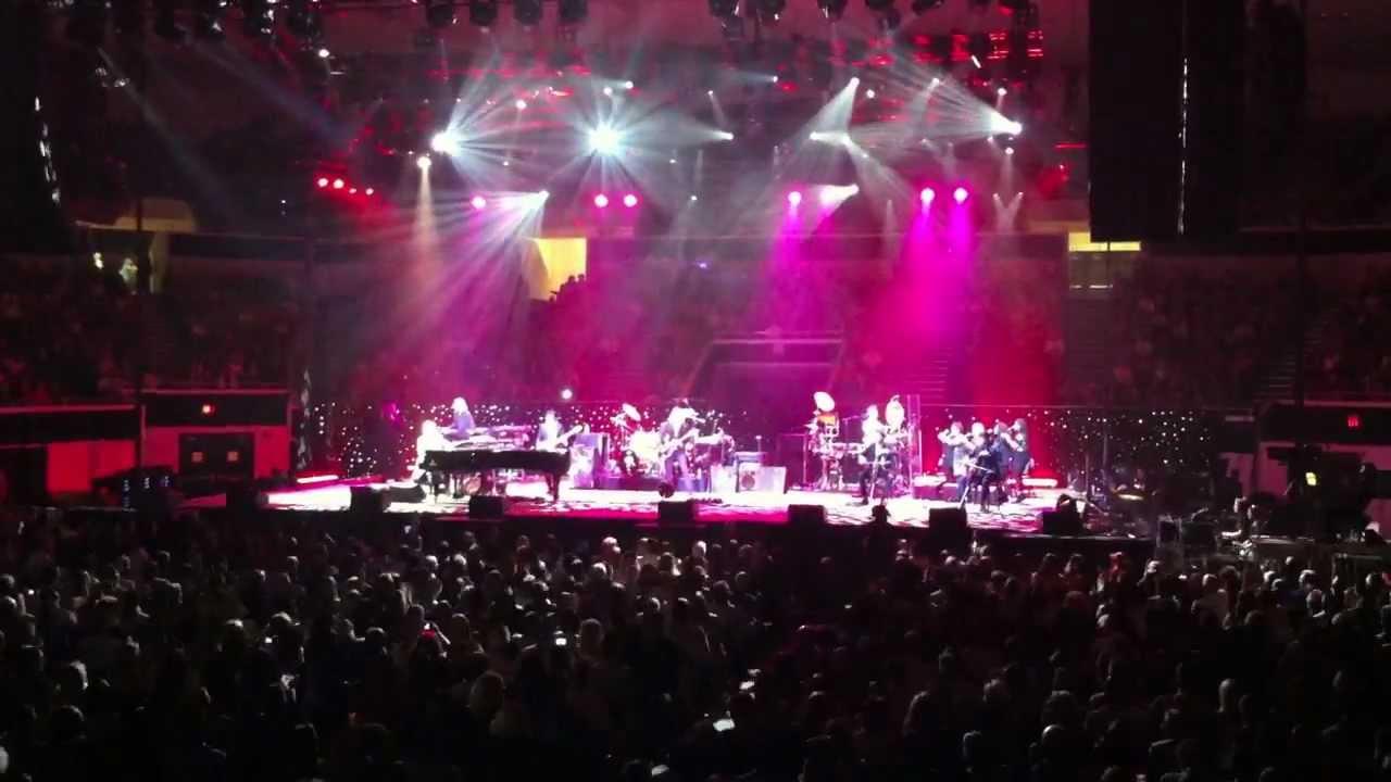 Acoustic Christmas 2019 Johnson City Tn.Elton John At Freedom Hall Johnson City Tn