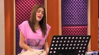 Виолетта поет песню podemos(, 2014-08-31T15:41:18.000Z)