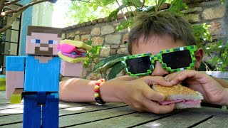 Fındıklar. Mikail Steeve ile Minecraft sandviçi yapıyorlar