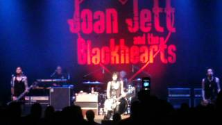 Joan Jett And The Blackhearts-I Hate Myself For Loving You March 20, 2013